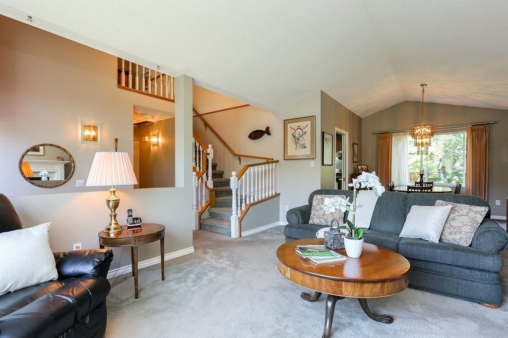 "Photo 4: Photos: 2339 KENSINGTON Crescent in Port Coquitlam: Citadel PQ House for sale in ""CITADEL HEIGHTS"" : MLS®# R2192345"