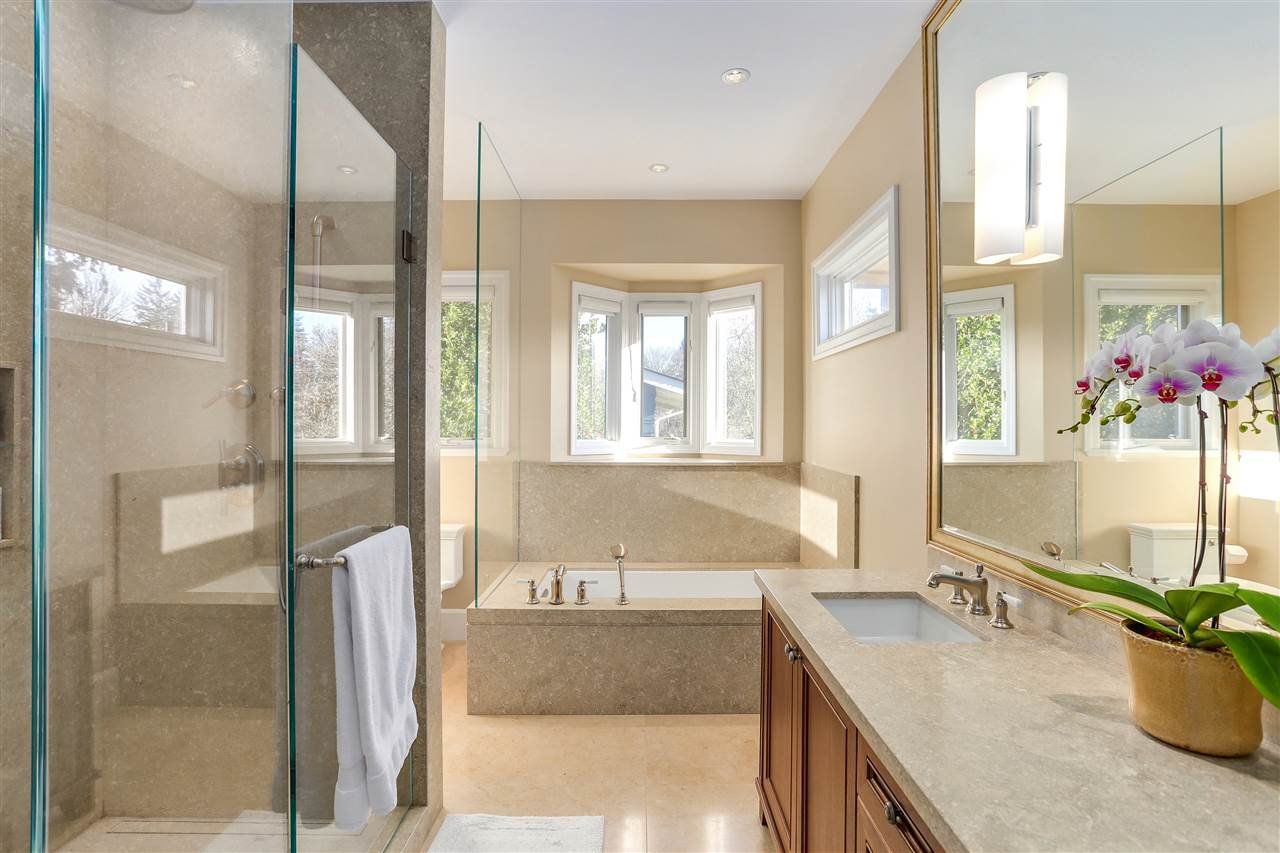 Photo 14: Photos: 2250 W 34TH Avenue in Vancouver: Quilchena House for sale (Vancouver West)  : MLS®# R2228020
