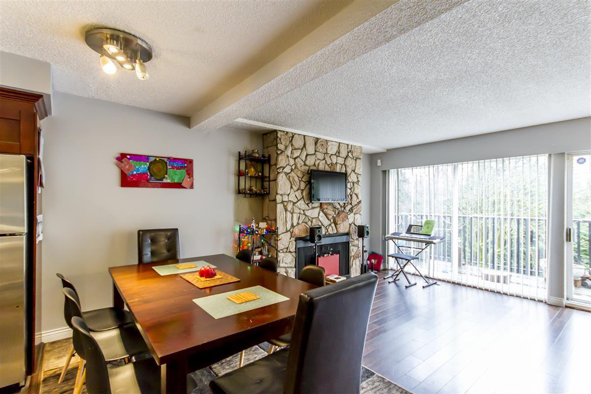 "Photo 2: Photos: 3003 CARINA Place in Burnaby: Simon Fraser Hills Townhouse for sale in ""Simon Fraser Hills"" (Burnaby North)  : MLS®# R2239054"