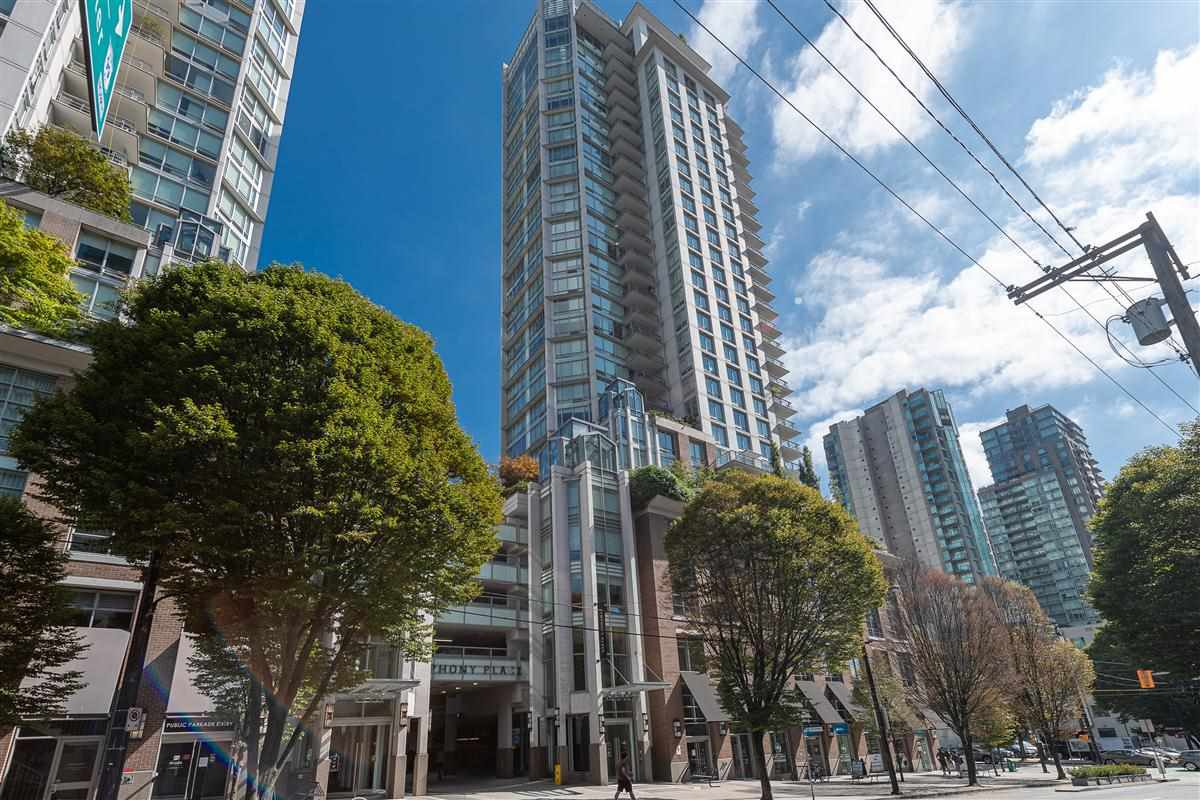 "Main Photo: 702 535 SMITHE Street in Vancouver: Downtown VW Condo for sale in ""DOLCE AT SYPHONY PLACE"" (Vancouver West)  : MLS®# R2401383"