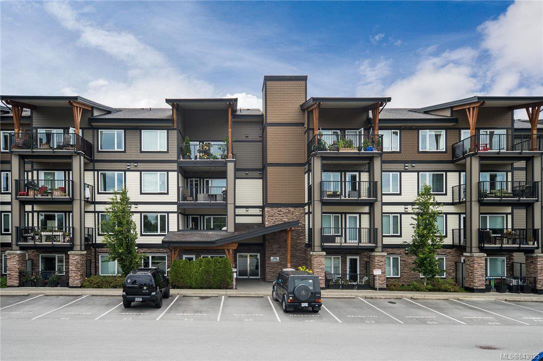 Main Photo: 301 286 Wilfert Rd in View Royal: VR Six Mile Condo Apartment for sale : MLS®# 843025