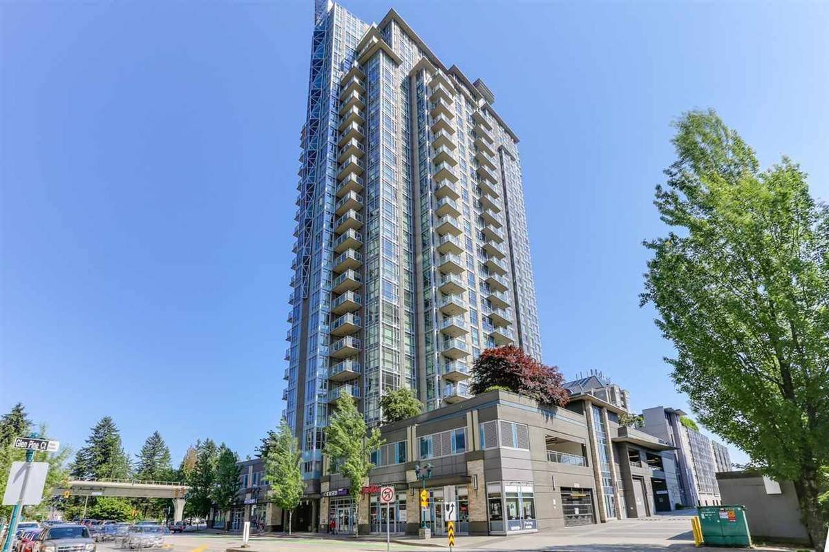 Main Photo: 3008 Glen Drive in Coquitlam: North Coquitlam Condo for rent : MLS®# AR002E