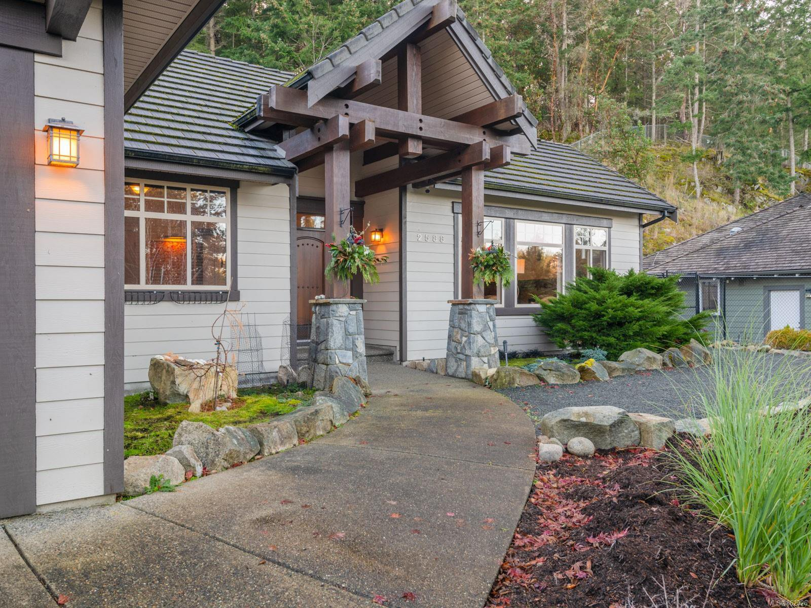 Main Photo: 2588 Andover Rd in : PQ Fairwinds House for sale (Parksville/Qualicum)  : MLS®# 862926