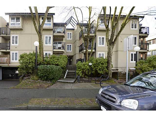 "Main Photo: 202 1450 E 7TH Avenue in Vancouver: Grandview VE Condo for sale in ""RIDGEWAY PLACE"" (Vancouver East)  : MLS®# V1047303"