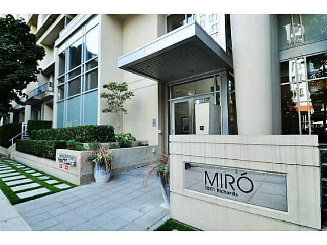 "Main Photo: 801 1001 RICHARDS Street in Vancouver: Downtown VW Condo for sale in ""MIRO"" (Vancouver West)  : MLS®# V1098353"