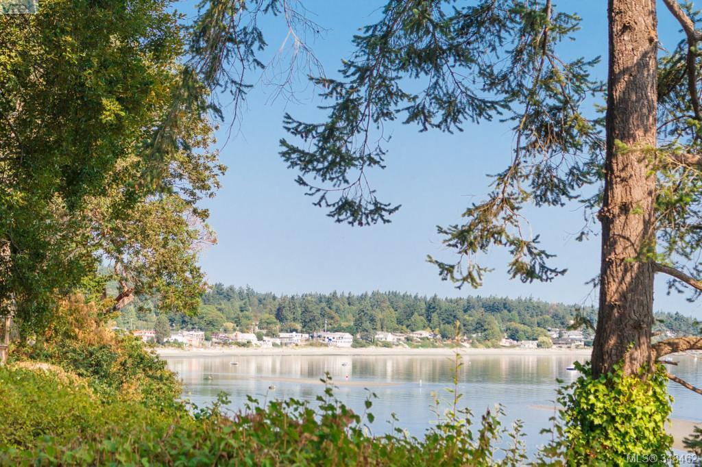Main Photo: 4879 Cordova Bay Road in VICTORIA: SE Cordova Bay Single Family Detached for sale (Saanich East)  : MLS®# 348462