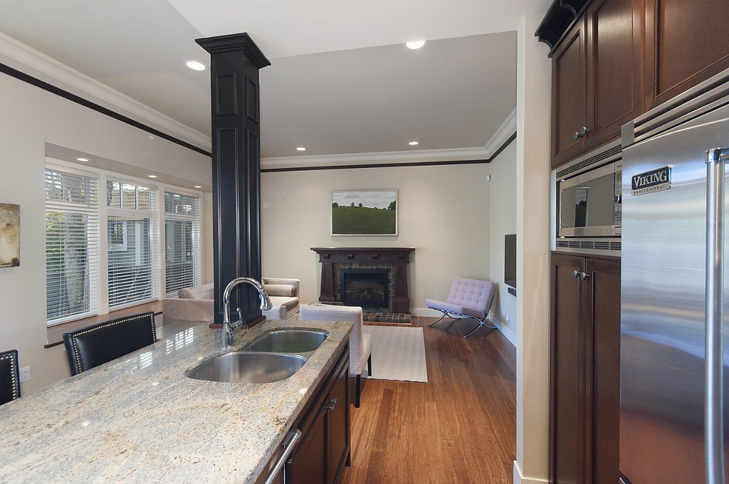 Photo 5: Photos: 3535 W 5TH Avenue in Vancouver: Kitsilano House 1/2 Duplex for sale (Vancouver West)  : MLS®# R2001712