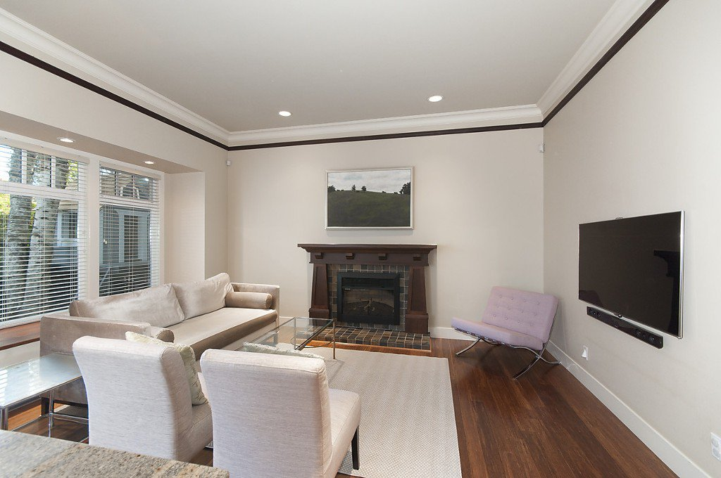 Photo 7: Photos: 3535 W 5TH Avenue in Vancouver: Kitsilano House 1/2 Duplex for sale (Vancouver West)  : MLS®# R2001712