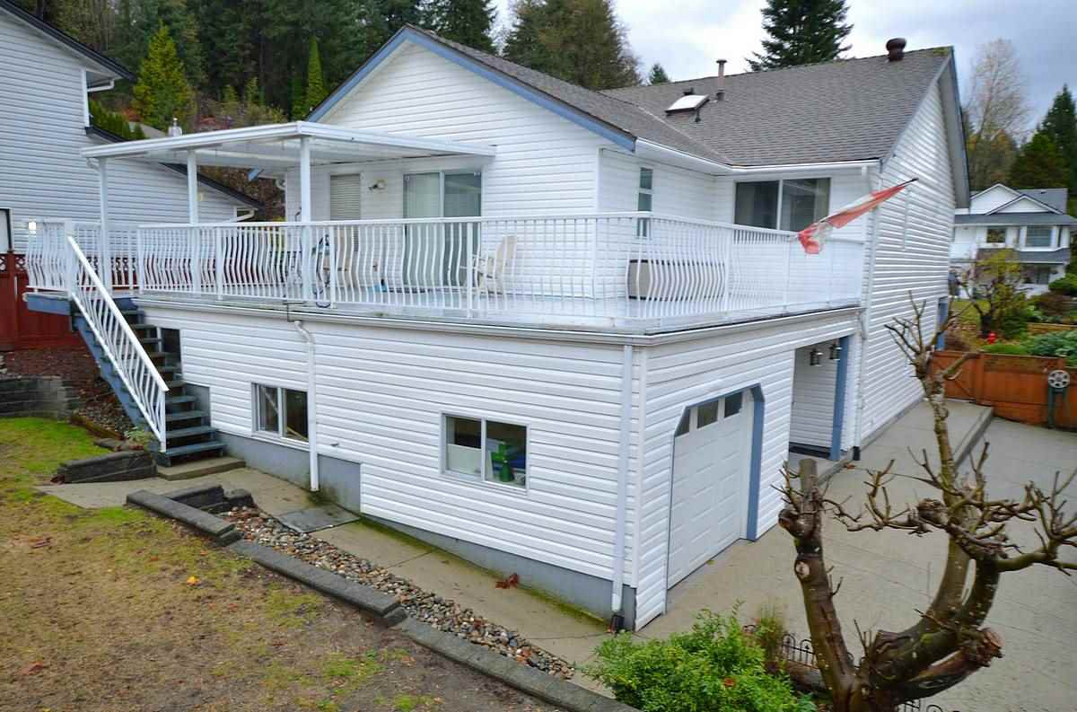 Photo 17: Photos: 11 HARBOUR Place in Port Moody: North Shore Pt Moody House for sale : MLS®# R2015882