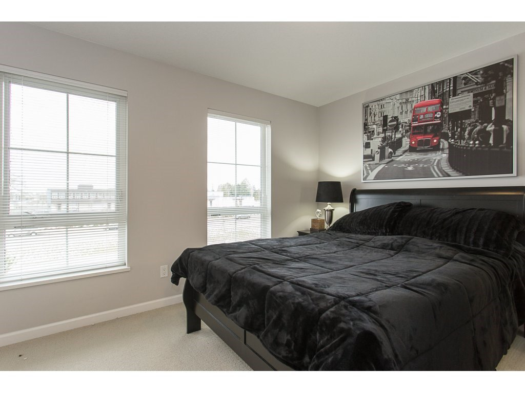 """Photo 10: Photos: 75 19505 68A Avenue in Surrey: Clayton Townhouse for sale in """"Clayton Rise"""" (Cloverdale)  : MLS®# R2142590"""