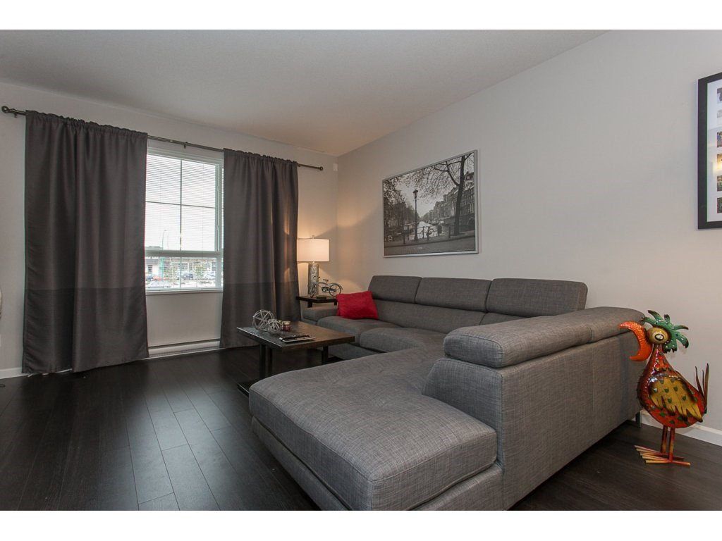 """Photo 7: Photos: 75 19505 68A Avenue in Surrey: Clayton Townhouse for sale in """"Clayton Rise"""" (Cloverdale)  : MLS®# R2142590"""