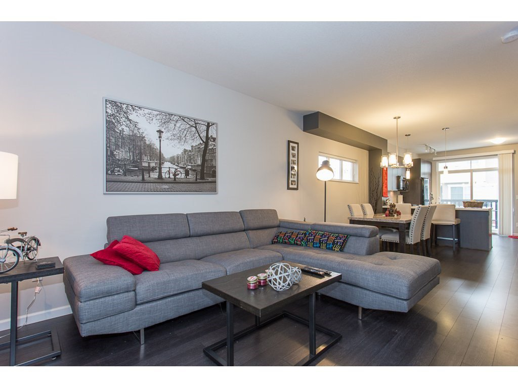 """Photo 9: Photos: 75 19505 68A Avenue in Surrey: Clayton Townhouse for sale in """"Clayton Rise"""" (Cloverdale)  : MLS®# R2142590"""
