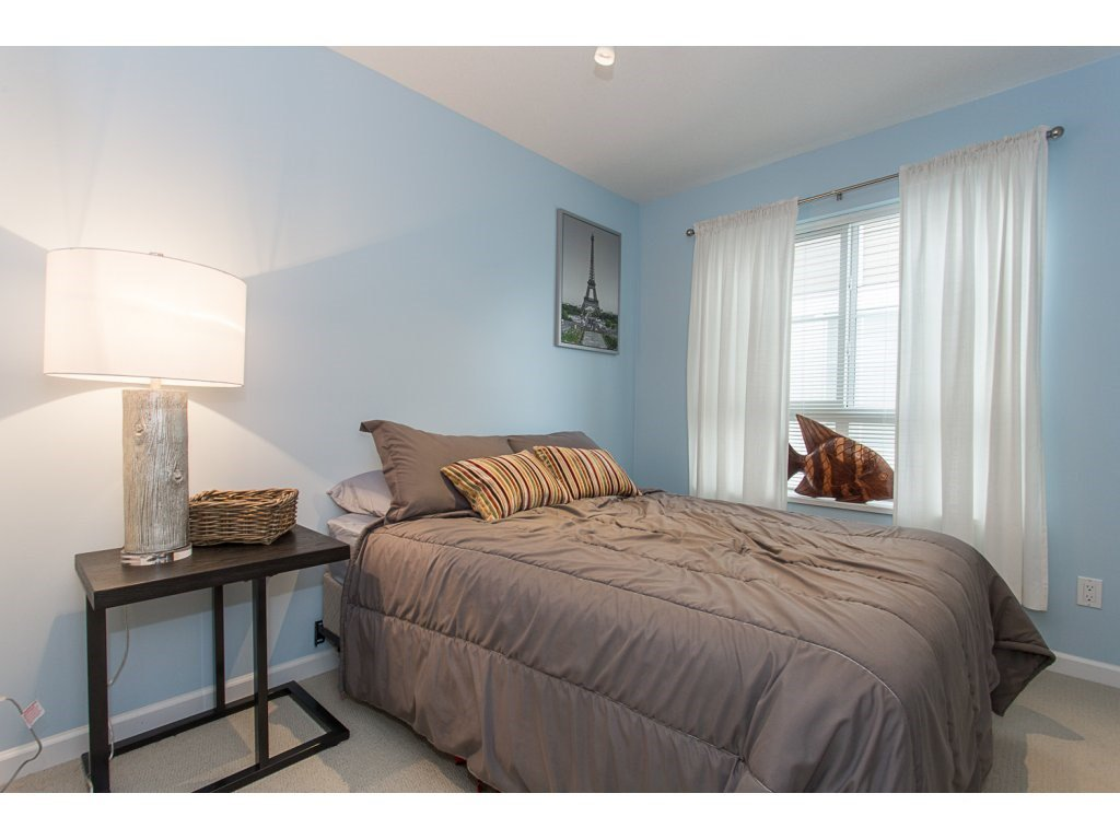 """Photo 14: Photos: 75 19505 68A Avenue in Surrey: Clayton Townhouse for sale in """"Clayton Rise"""" (Cloverdale)  : MLS®# R2142590"""