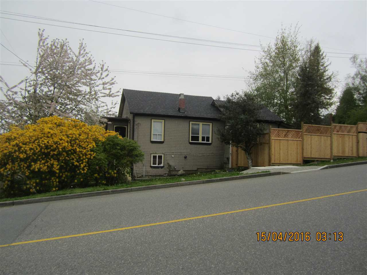 Photo 2: Photos: 33091 3RD AVENUE in Mission: Mission BC House for sale : MLS®# R2160436