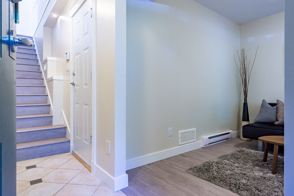 "Photo 7: Photos: 3 6233 BIRCH Street in Richmond: McLennan North Townhouse for sale in ""HAMPTONS GATE"" : MLS®# R2209424"