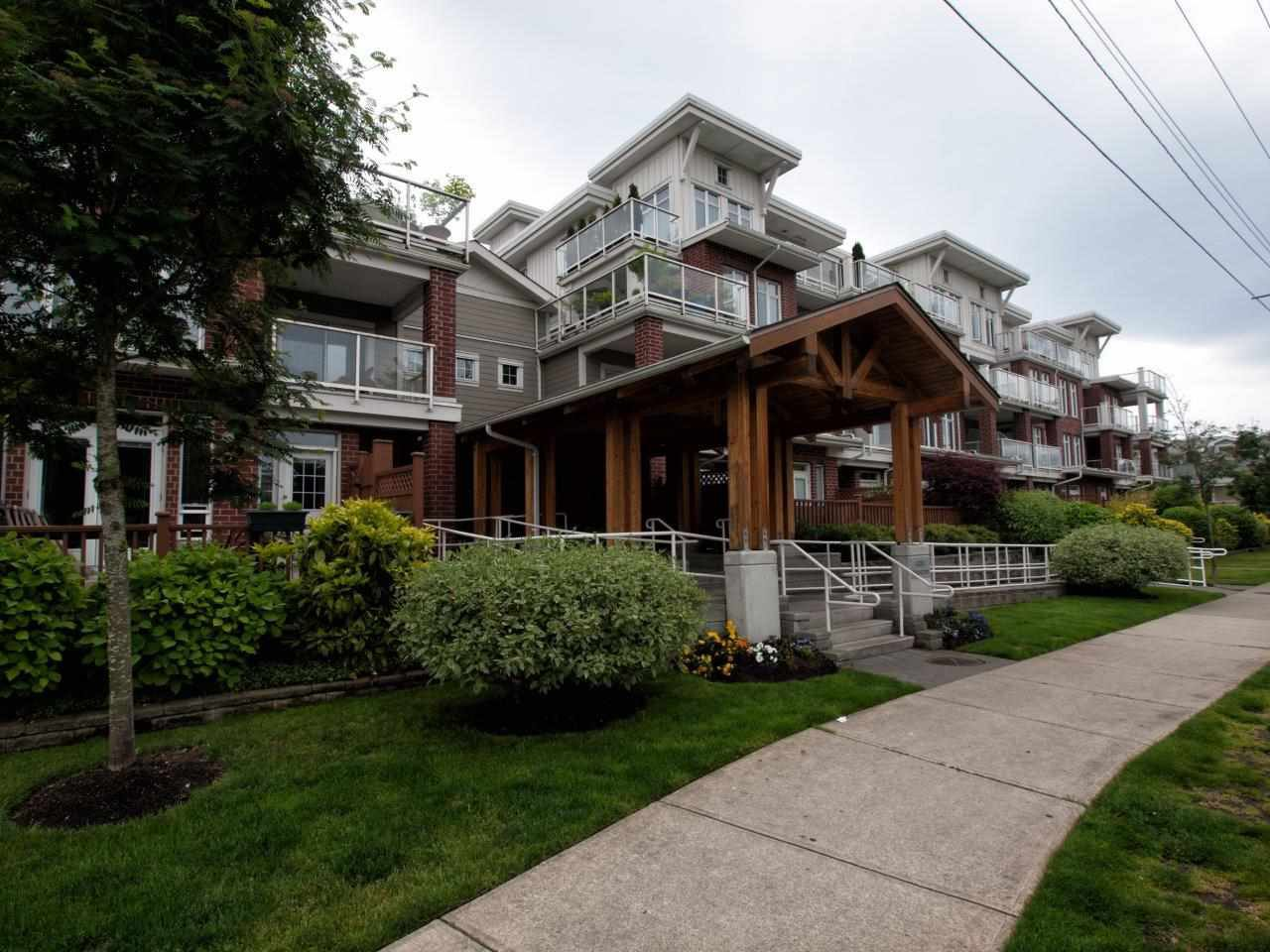 Main Photo: 320 4280 MONCTON Street in Richmond: Steveston South Condo for sale : MLS®# R2243473
