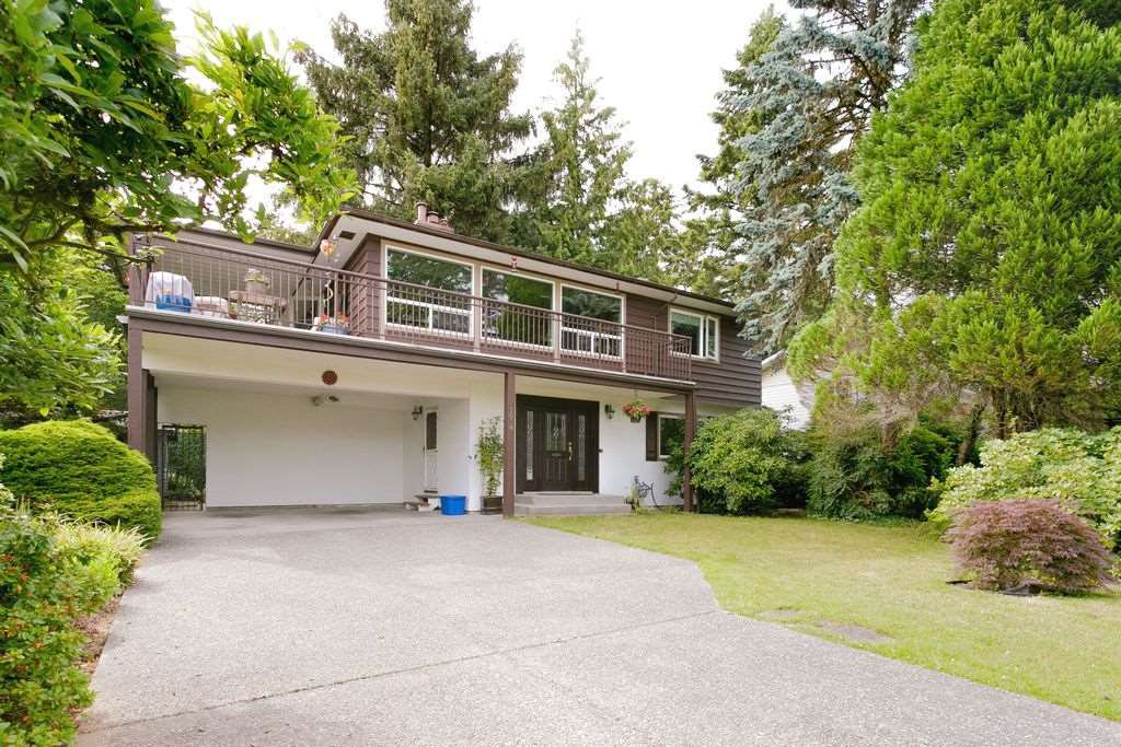 Main Photo: 1658 OUGHTON Drive in Port Coquitlam: Mary Hill House for sale : MLS®# R2284187