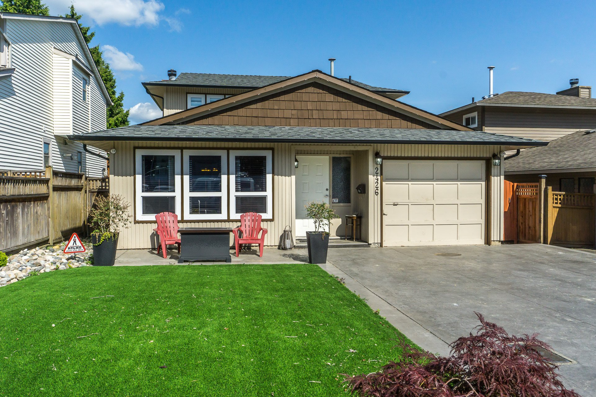 "Main Photo: 2426 WAYBURNE Crescent in Langley: Willoughby Heights House for sale in ""Langley Meadows"" : MLS®# R2288999"