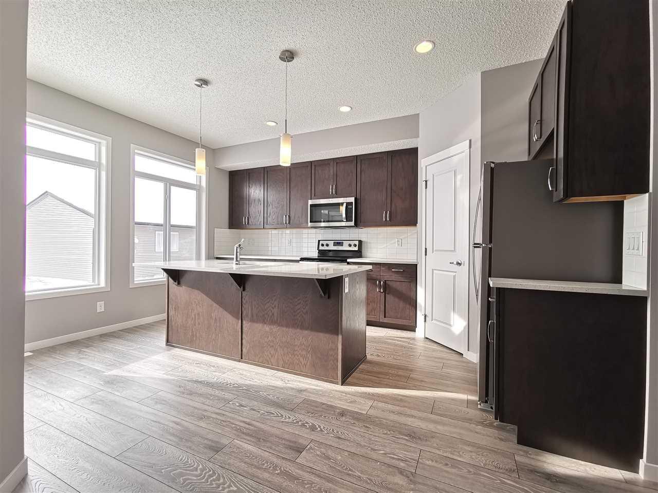 Main Photo: 6315 170 Avenue in Edmonton: Zone 03 House for sale : MLS®# E4143190