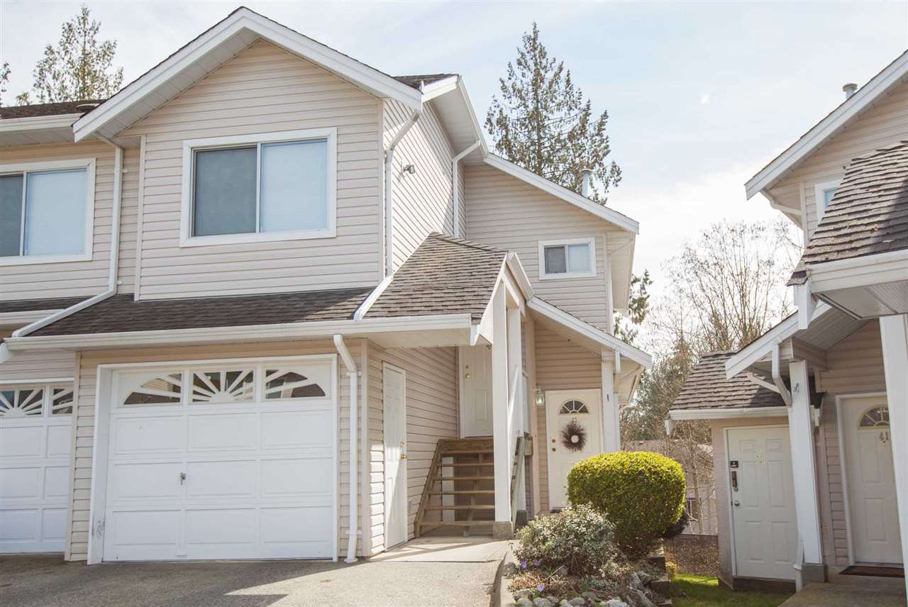 "Main Photo: 43 11588 232 Street in Maple Ridge: Cottonwood MR Townhouse for sale in ""COTTONWOOD VILLAGE"" : MLS®# R2351072"