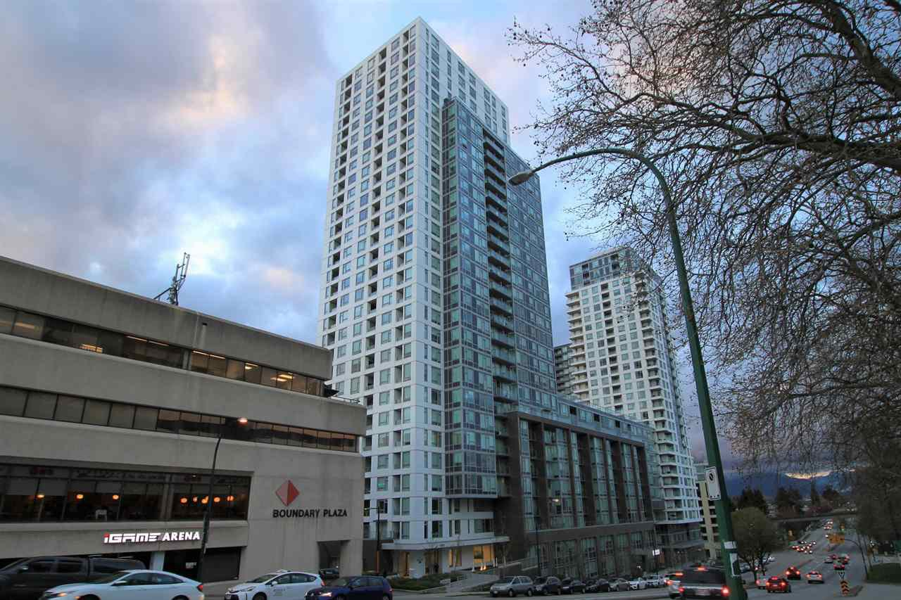 """Main Photo: 1902 5665 BOUNDARY Road in Vancouver: Collingwood VE Condo for sale in """"Wall Centre Central Park"""" (Vancouver East)  : MLS®# R2355553"""