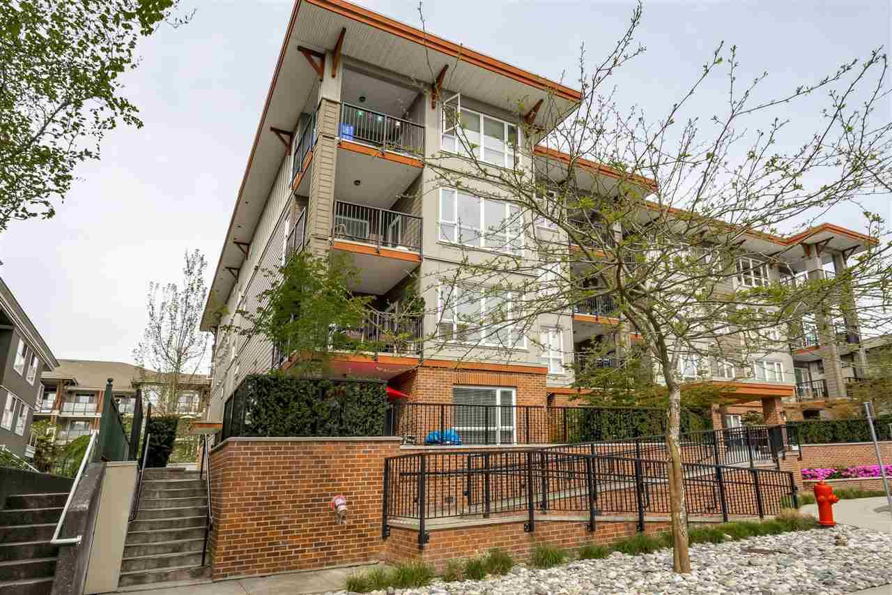 "Main Photo: 305 2473 ATKINS Avenue in Port Coquitlam: Central Pt Coquitlam Condo for sale in ""VALORE ON THE PARK"" : MLS®# R2362970"