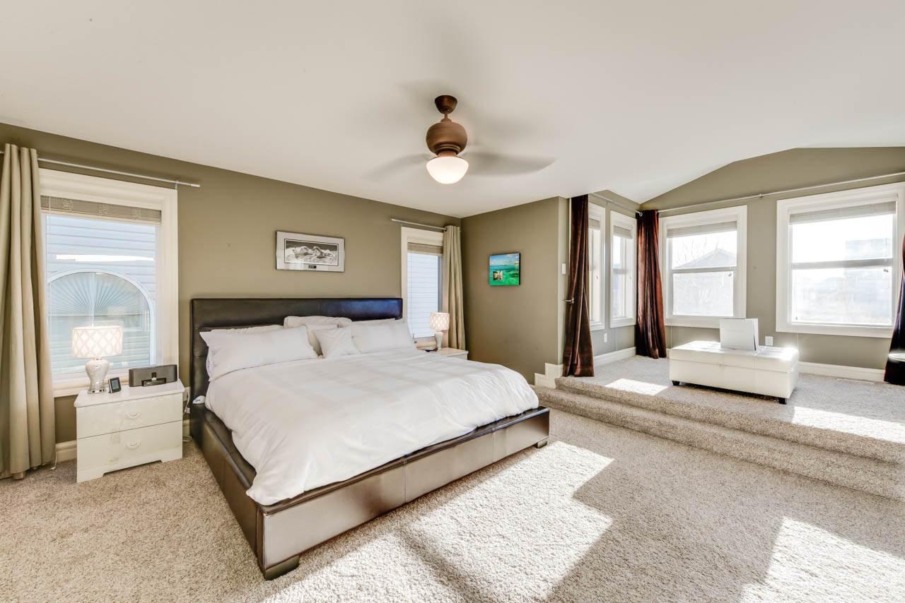 Main Photo: 20331 46 Avenue in Edmonton: Zone 58 House for sale : MLS®# E4179523
