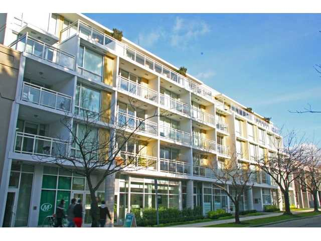 """Main Photo: 209 1635 W 3RD Avenue in Vancouver: False Creek Condo for sale in """"LUMEN"""" (Vancouver West)  : MLS®# V924927"""