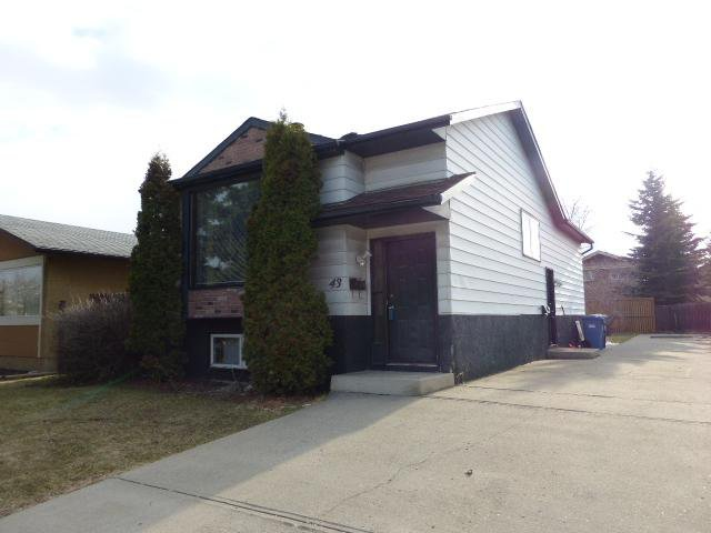 Main Photo: 43 DOVERGLEN Crescent SE in CALGARY: Dover Glen Residential Detached Single Family for sale (Calgary)  : MLS®# C3617661