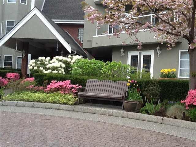 """Main Photo: 216 2020 CEDAR VILLAGE Crescent in North Vancouver: Westlynn Condo for sale in """"KIRKSTONE GARDENS"""" : MLS®# V1131813"""