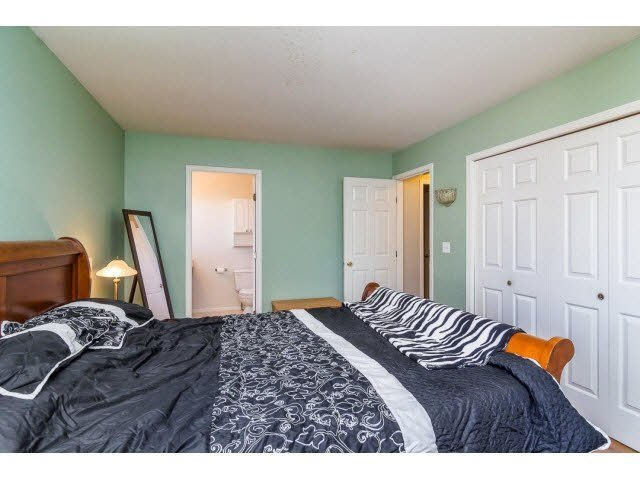 Photo 15: Photos: 4841 208A Street in Langley: Langley City House for sale : MLS®# F1448585