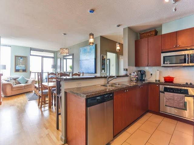 Photo 16: Photos: 1903 15 E ROYAL Avenue in NEW WEST: Fraserview NW Condo for sale (New Westminster)  : MLS®# V1141960