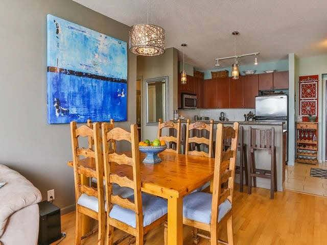Photo 6: Photos: 1903 15 E ROYAL Avenue in NEW WEST: Fraserview NW Condo for sale (New Westminster)  : MLS®# V1141960