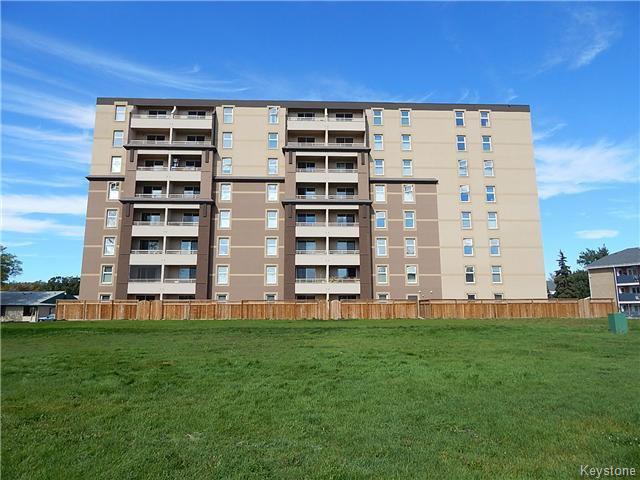 Main Photo: 180 Beliveau Road in WINNIPEG: St Vital Condominium for sale (South East Winnipeg)  : MLS®# 1526053