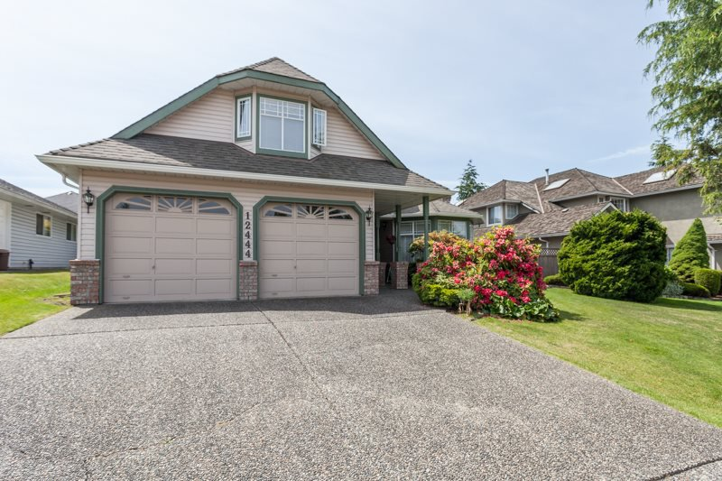 "Main Photo: 12444 63A Avenue in Surrey: Panorama Ridge House for sale in ""Boundary Park"" : MLS®# R2075059"