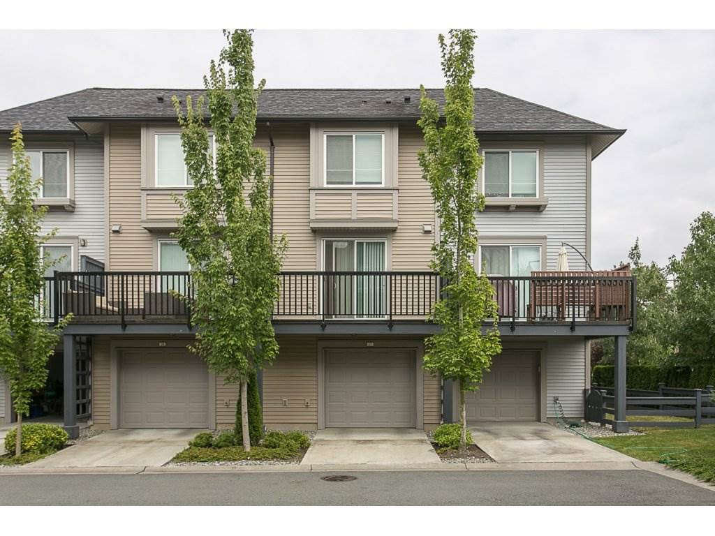 "Main Photo: 27 6450 187 Street in Surrey: Cloverdale BC Townhouse for sale in ""Hillcrest"" (Cloverdale)  : MLS®# R2096437"