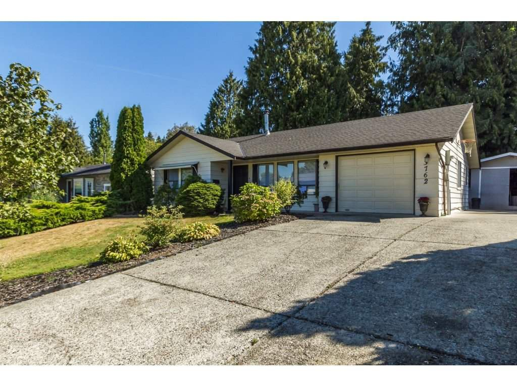 "Main Photo: 3762 DUNSMUIR Way in Abbotsford: Abbotsford East House for sale in ""Bateman Park"" : MLS®# R2101080"