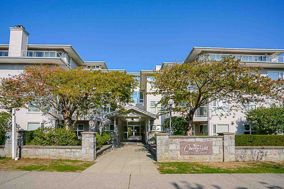 "Main Photo: 212 2965 HORLEY Street in Vancouver: Collingwood VE Condo for sale in ""CHERRY HILL"" (Vancouver East)  : MLS®# R2111897"