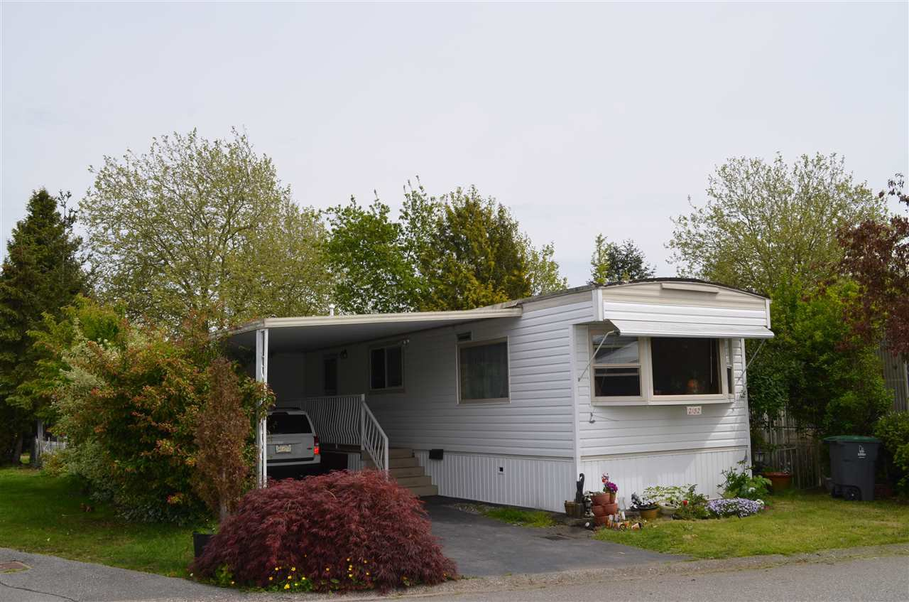 "Main Photo: 2152 CUMBRIA Drive in Surrey: King George Corridor Manufactured Home for sale in ""CRANLEY PLACE"" (South Surrey White Rock)  : MLS®# R2165076"