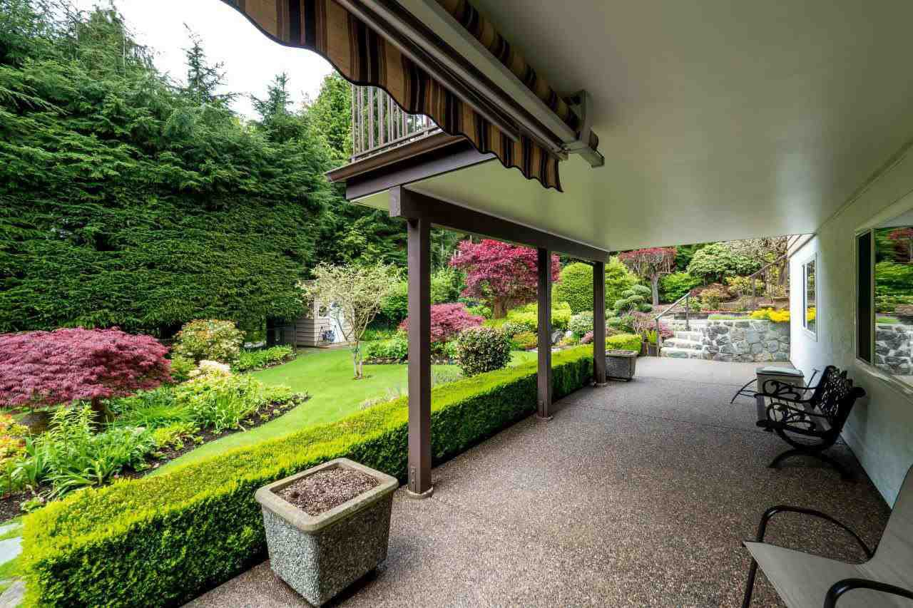 """Photo 20: Photos: 919 STRATHAVEN Drive in North Vancouver: Windsor Park NV House for sale in """"WINDSOR PARK"""" : MLS®# R2168903"""