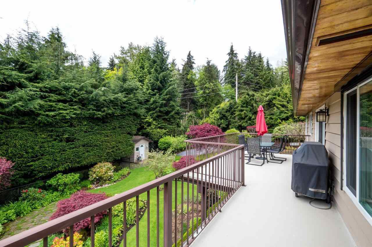 """Photo 17: Photos: 919 STRATHAVEN Drive in North Vancouver: Windsor Park NV House for sale in """"WINDSOR PARK"""" : MLS®# R2168903"""