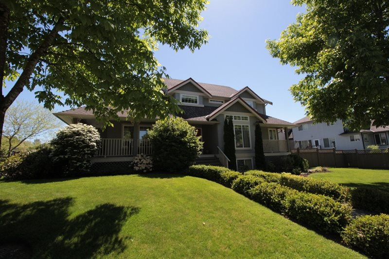 """Main Photo: 5159 223B Street in Langley: Murrayville House for sale in """"Hillcrest"""" : MLS®# R2171418"""