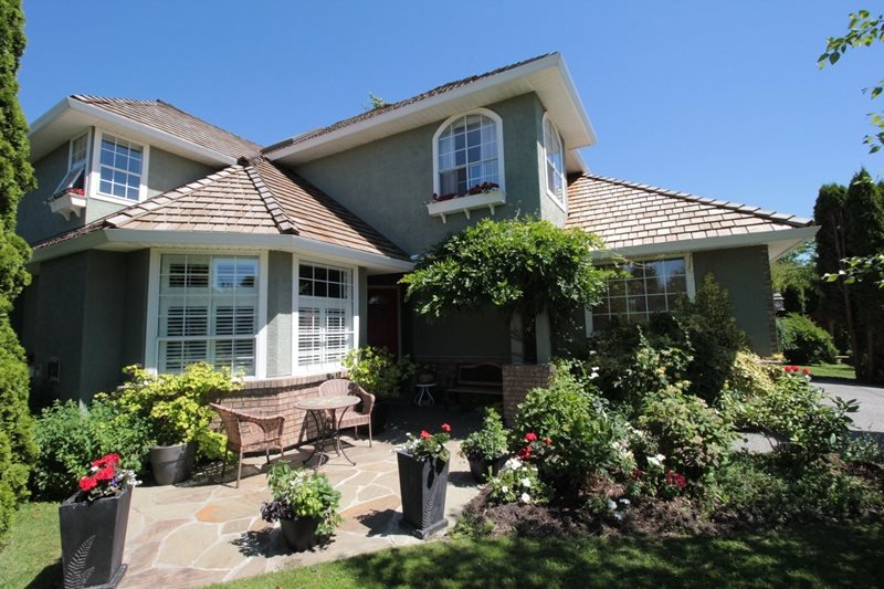 """Main Photo: 22118 46B Avenue in Langley: Murrayville House for sale in """"Murrayville"""" : MLS®# R2181633"""