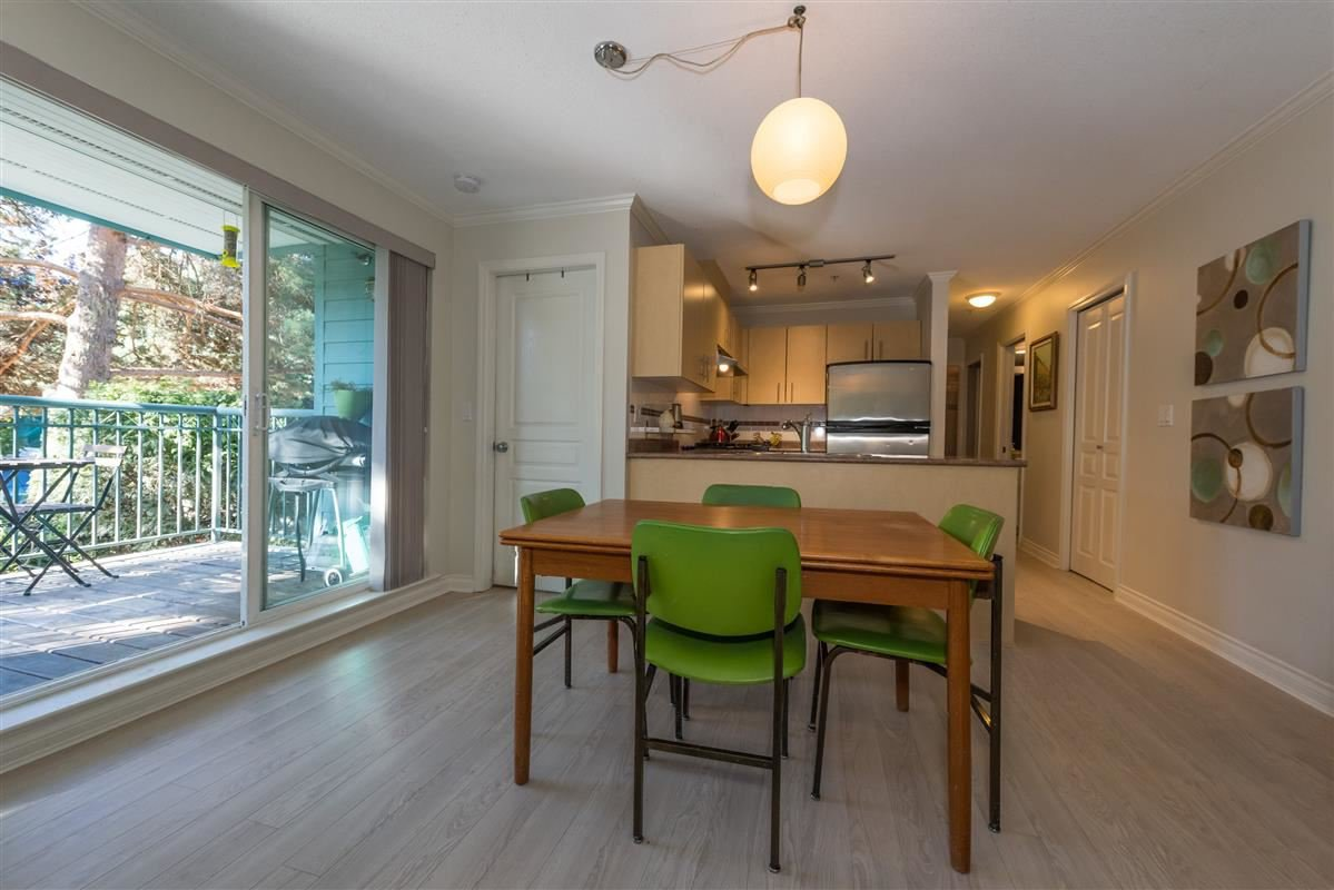 "Photo 5: Photos: 201 1617 GRANT Street in Vancouver: Grandview VE Condo for sale in ""Evergreen Place"" (Vancouver East)  : MLS®# R2204160"