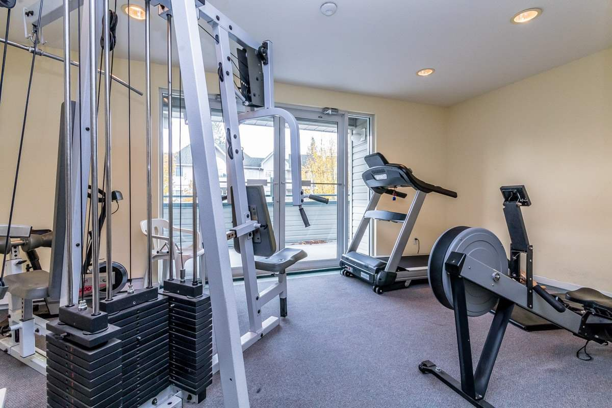 """Photo 16: Photos: 306 33718 KING Road in Abbotsford: Poplar Condo for sale in """"College Park"""" : MLS®# R2221603"""