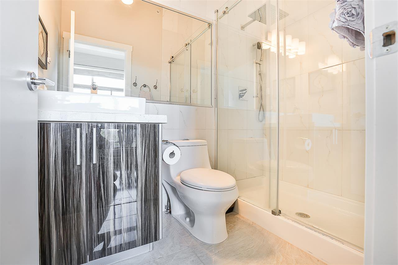 Photo 15: Photos: 602 22318 LOUGHEED HIGHWAY in Maple Ridge: West Central Condo for sale : MLS®# R2202948