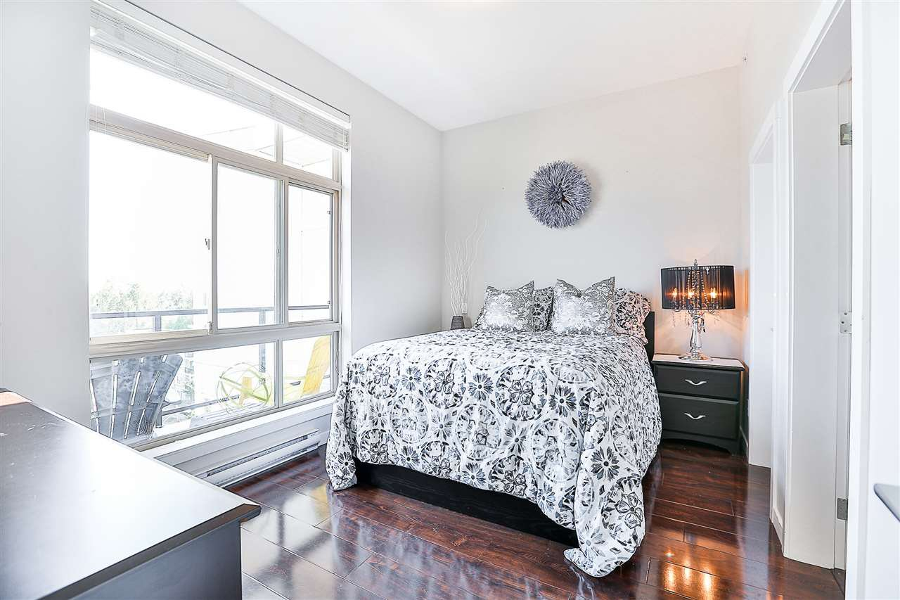 Photo 13: Photos: 602 22318 LOUGHEED HIGHWAY in Maple Ridge: West Central Condo for sale : MLS®# R2202948