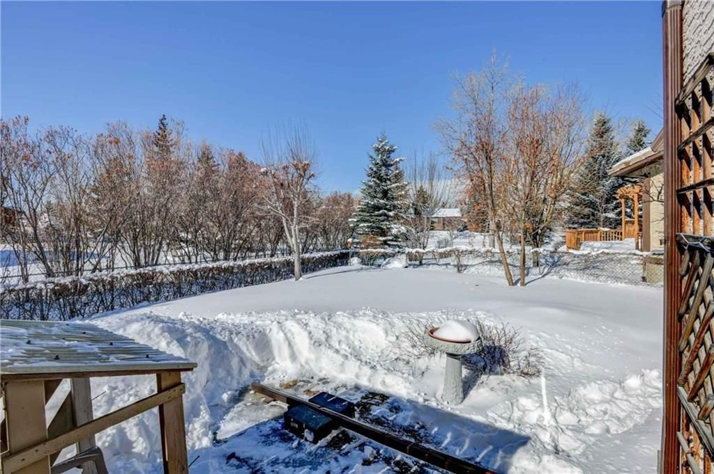 Photo 25: Photos: 44 SUNMOUNT Rise SE in Calgary: Sundance House for sale : MLS®# C4171463