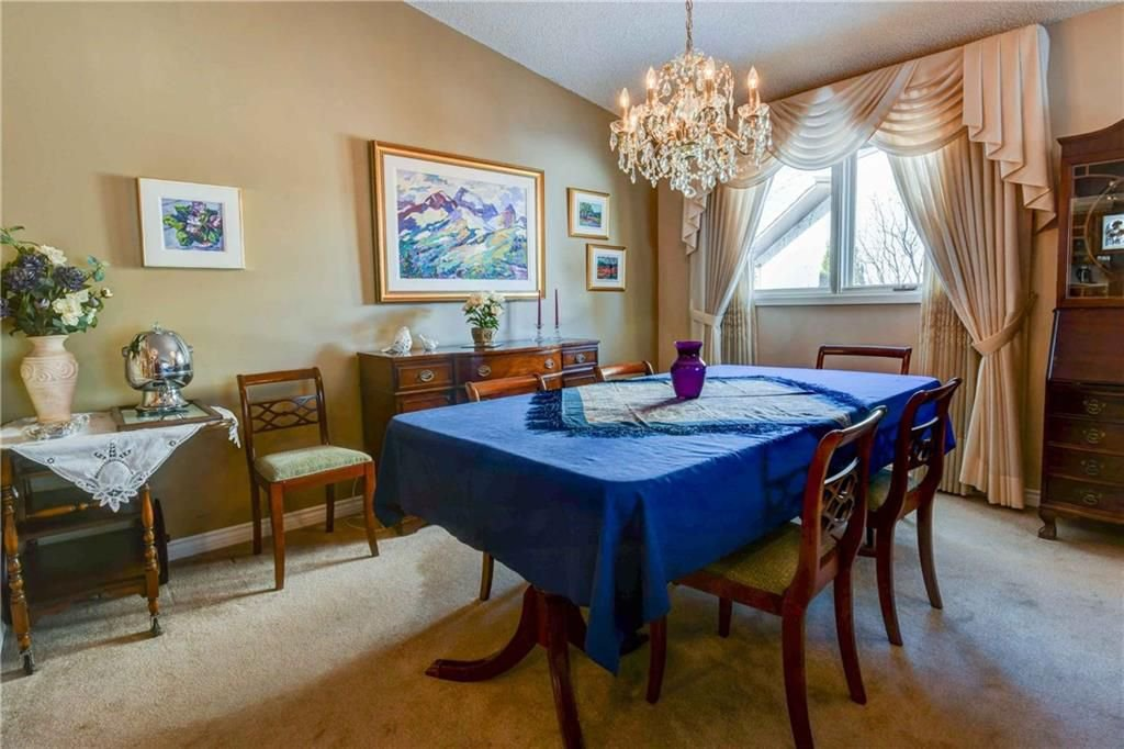 Photo 6: Photos: 44 SUNMOUNT Rise SE in Calgary: Sundance House for sale : MLS®# C4171463