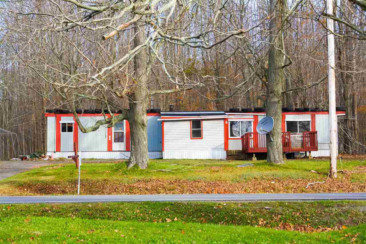 Main Photo: 10077 HIGHWAY 221 in Habitant: 404-Kings County Residential for sale (Annapolis Valley)  : MLS®# 201904845